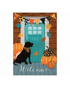 Welcome - Herbstliche Veranda mit Kürbis und Hund - Gartenfahne von American Heritage
