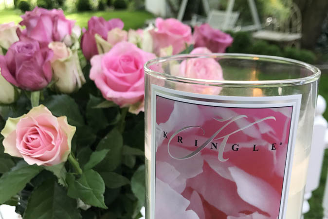 Rosen und Peony von Kringle Candle - die ideale Kombination, nicht nur zum Muttertag