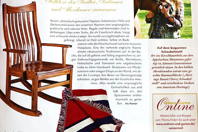Bequemer Schaukelstuhl und Baumwolldecken bei American Heritage