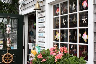 Kleine Boutiquen und Geschäfte auf der Insel