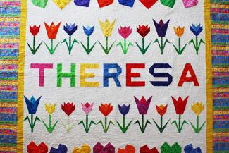 Theresa's Quilt mit Blumen